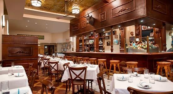 Luke restaurant of Hilton St. Charles
